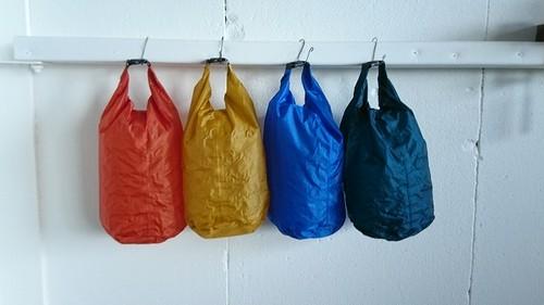 【G015】 STUFF BAG 8L スタッフバッグ 防水加工 コンパクト アウトドア キャンプ