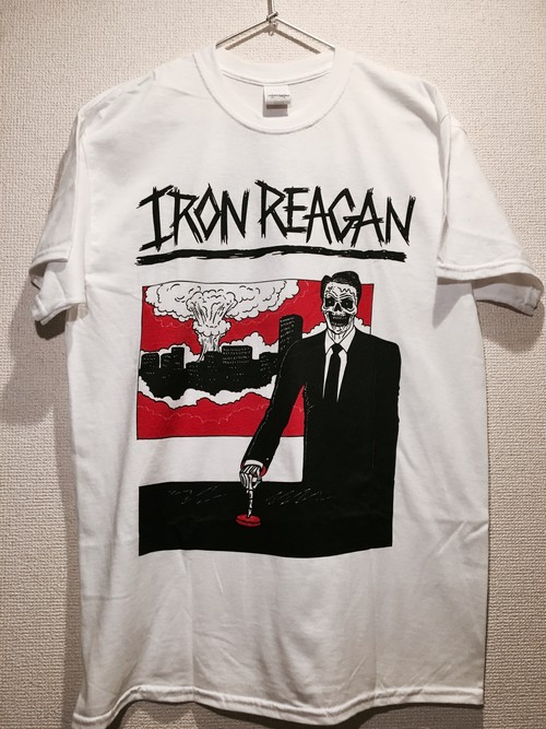 """Iron Reagan """"Finger On The Button"""" Tシャツ"""