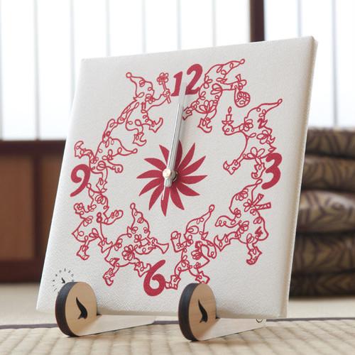 しあわせを運ぶ トントゥ時計(布時計・スタンド付)