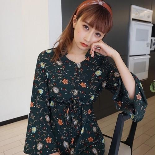 【送料無料】フレアスリーブ花柄ワンピース 大人柄