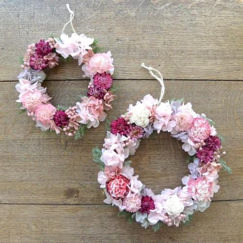 花かんむりのような桜色のリース(直径約17cm)(受注製作)