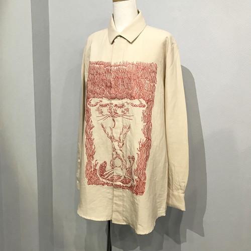 紅い刺繍シャツ 【pays des fees】
