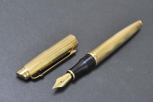 【セット販売】2000 カランダッシュ ミレニアム2000 CARAN D'ACHE (細字) 18C (+ カランダッシュ ボールペン)     01698