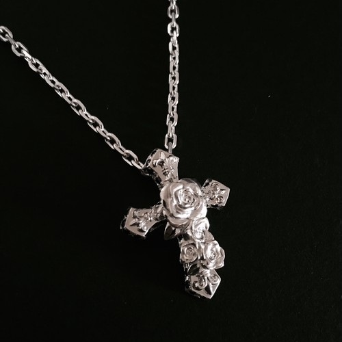 SilverRose Necklace