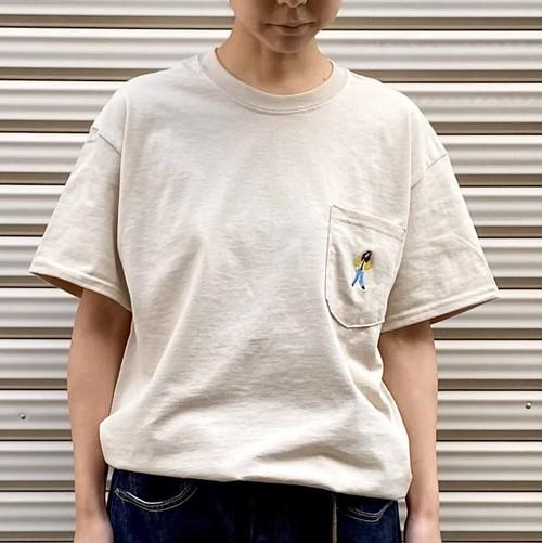 「R.O.T」ポケットTシャツ(ベージュ)