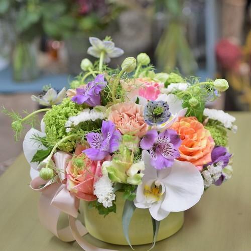 【フラワーアレンジM】花で帰省。新築祝い引越し祝い、誕生日プレゼントに人気。 結婚祝い 送別会 ギフト