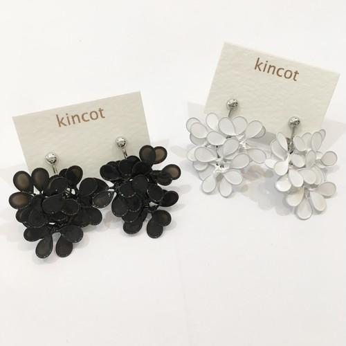 【kincot】アメリカンフラワーイヤリング(ホワイト)パーツ交換可能