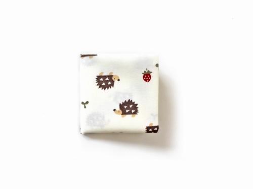 ポケットハンカチ(小) いちごとハリネズミ