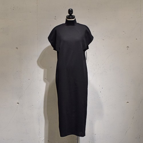 Mannequins JAPON / ROUND SLEEVE RIB DRESS / Black