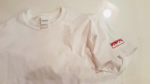 劇団Tシャツ(白・袖刺繍)