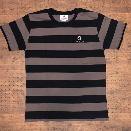 Border / T-Shirt