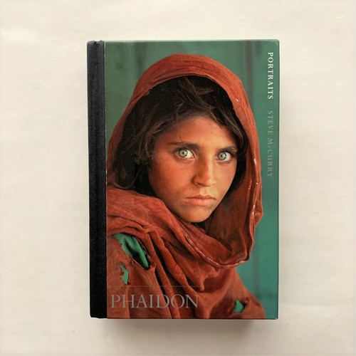 Portraits  /  Steve McCurry  /  Phaidon Press