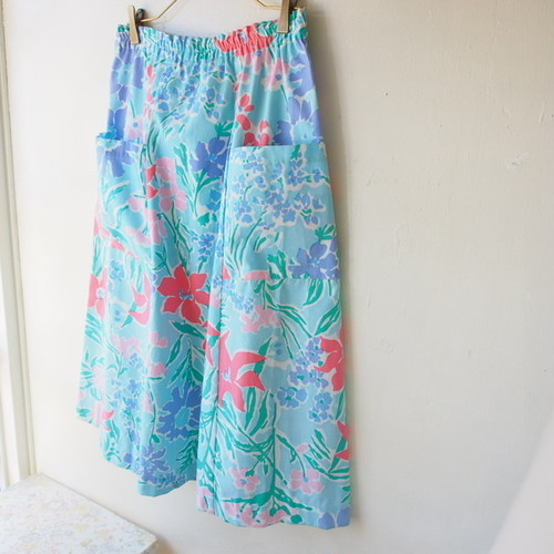 80s U.S.A. vintage sky blue flower skirt