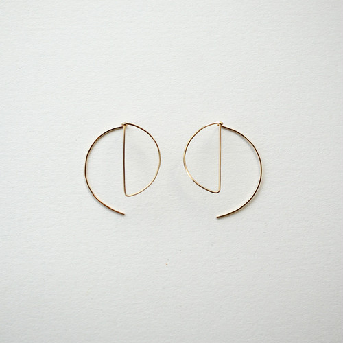 Circle shape pierce
