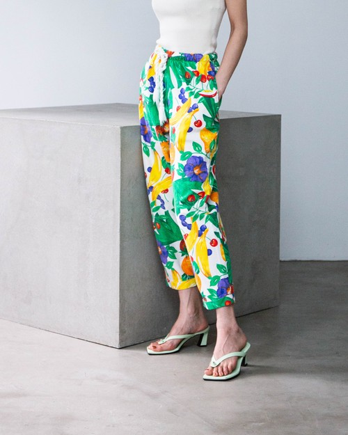 1980s botanical fruits printed cloth pants