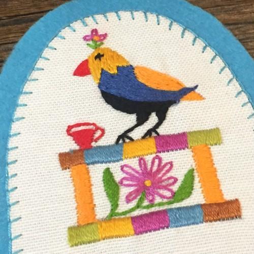 シリア刺繍のワッペン × 花と鳥 made by Syrians