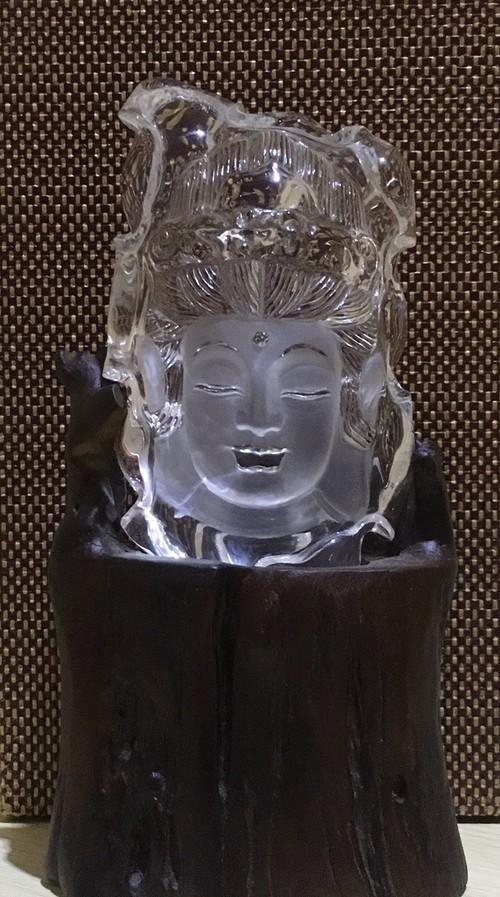 観世音菩薩 蓮の葉 高級彫刻品