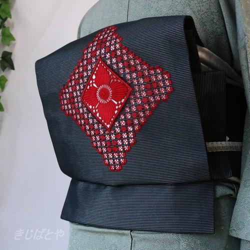 正絹絽 黒地に赤の刺繍のなごや