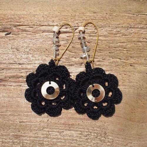 Flower Knit Pierce / Black
