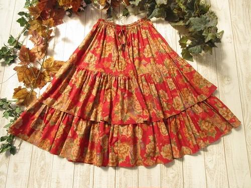 和牡丹のロングスカート