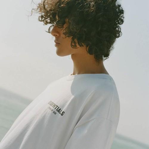 FOG ESSENTIALS / Boxy Photo T-shirt / White
