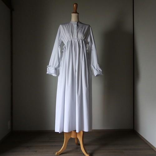 TENNE HANDCRAFTED MODERN/テン・ハンドクラフティッド・モダン many tuck one-piece #008 BLUE