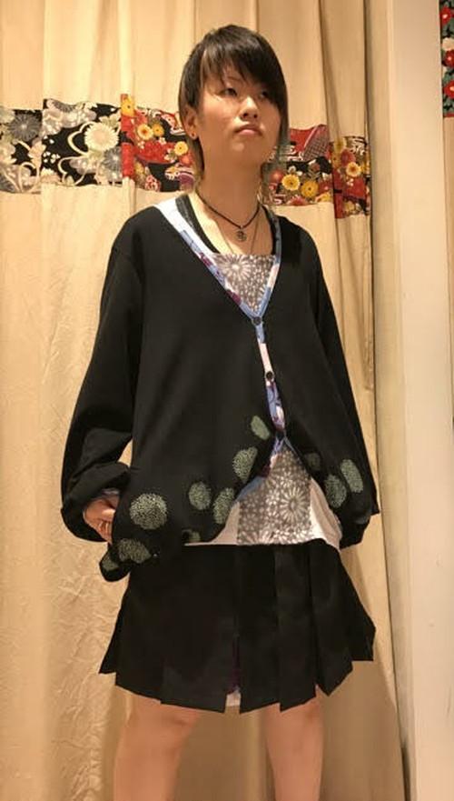 gouk 裾にタンポポをプリントしたふわっとした羽織 黒 GGD27-Z054 BK/M