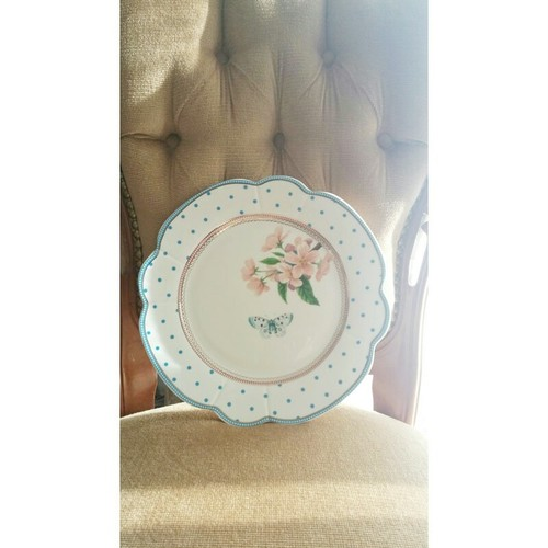 Dots Butterfly Dinner Plate by Lisbeth Dahl Denmark