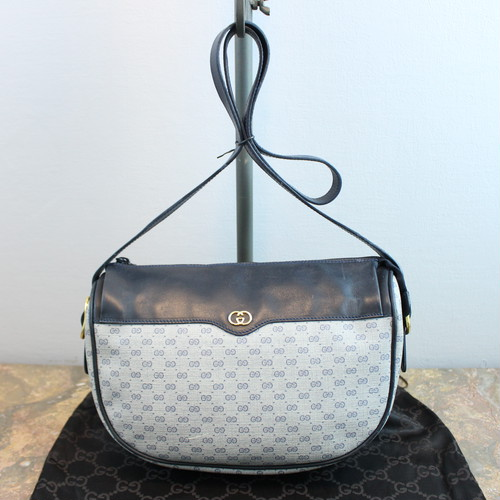 .OLD GUCCI GG PATTERNED SHOULDER BAG MADE IN ITALY/オールドグッチGG柄ショルダーバッグ 2000000033921