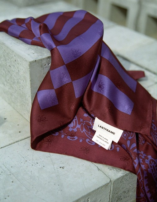 【20AW】LASTFRAME ラストフレーム / BANDANA SILK SCARF (BORDEAUX×PURPLE)