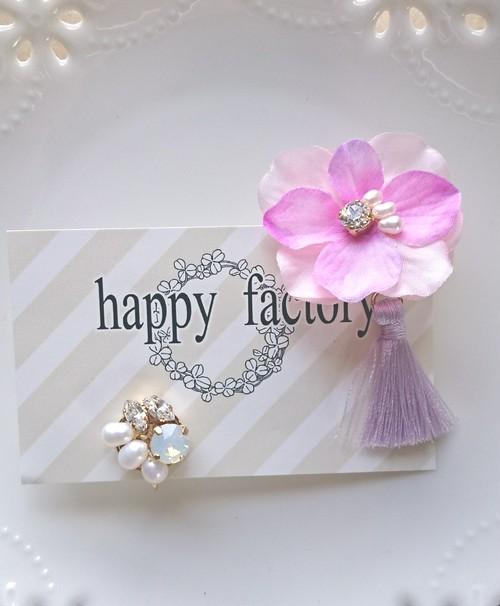 flowerタッセルと淡水パールbijouのイヤリング(ローズ)