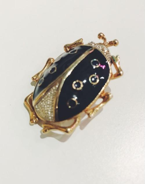 "Travelling Madeleine - brooch - ""Black Ladybug"""