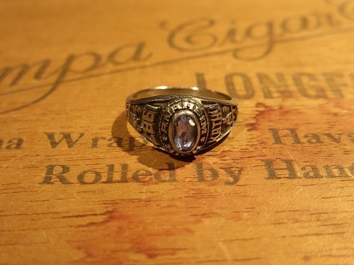 87's College ring
