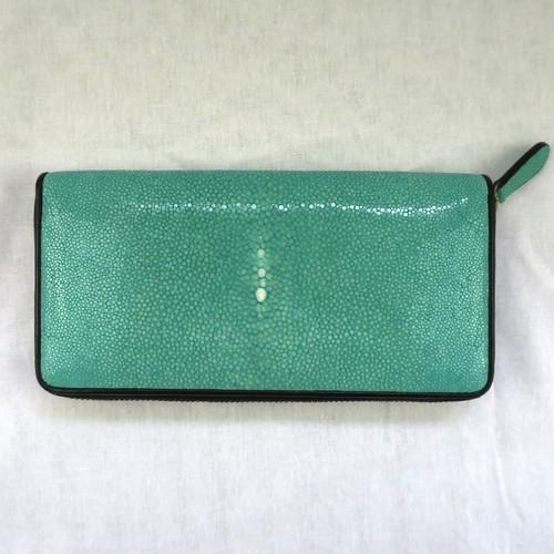 スティングレイ(エイ革) ターコイズブルー 長財布