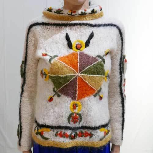 XS~Mサイズ【アメリカ製古着】1960年代ヴィンテージ◆モヘアニットの編み込みと刺繍◆セーター トップス
