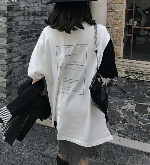 ★UNISEX バイカラーフレームレタリングビッグTシャツ 10990