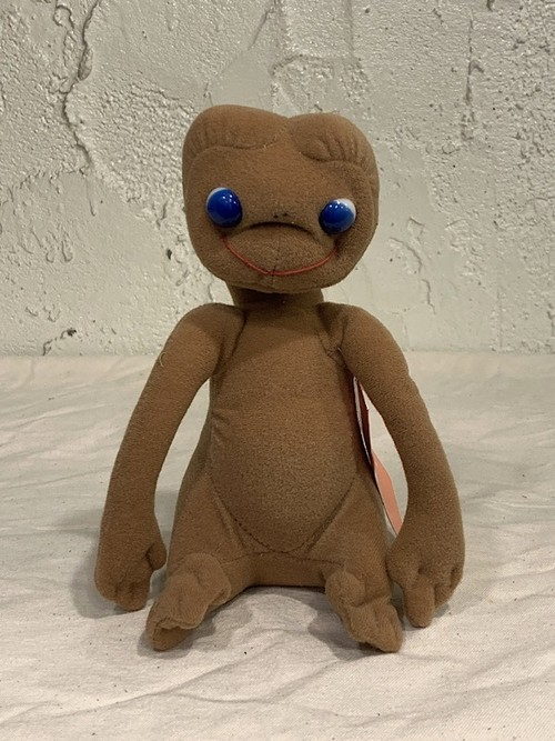 "CHARACTER DOLL "" E.T """