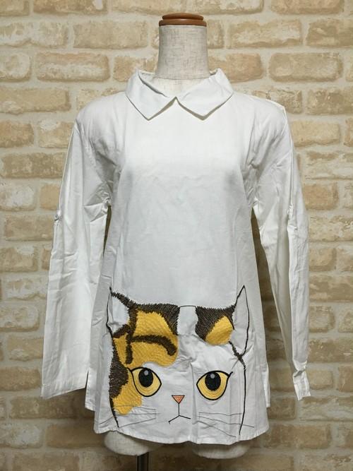 にゃんこ刺繍シャツ
