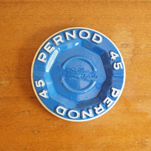 Pernod 45(ペルノー)の灰皿