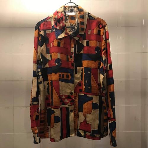 アートモチーフシャツ