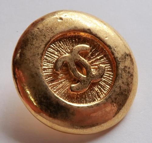 CHANEL VINTAGE(シャネル ヴィンテージ)COCOマーク デザイン  ボタン ゴールド 591-2