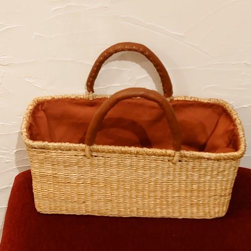 かご バッグ ~ 水草 シーグラス ブラウンの布蓋付き カラード 横長 バッグ フラッハ