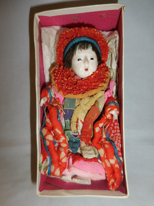 小人形 small doll