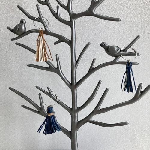 イヤリング おしゃれ タッセル 女性 手作り 草木染め 藍染 紙糸 編み ハンドメイド 片ピアス 組み合わせ自由