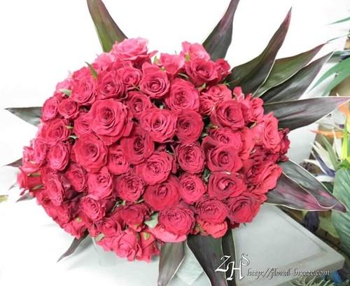 100本の赤薔薇花束(生花)
