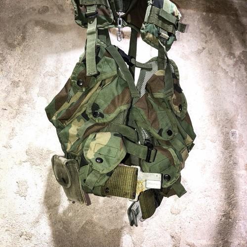 us army  tactical load bearing