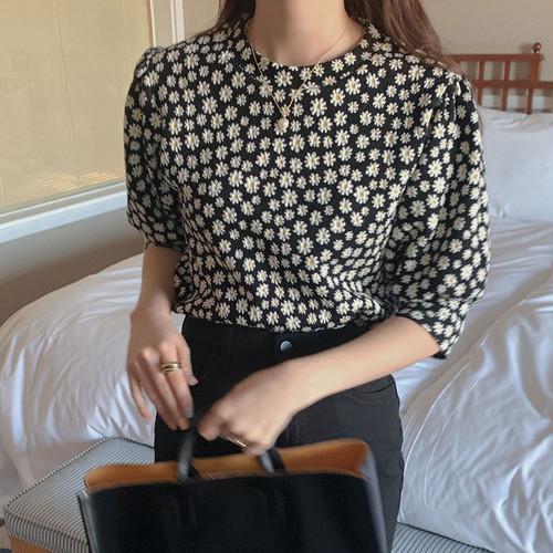 ブラウス 花柄 パフスリーブ 韓国 ファッション レディース オルチャン 春 夏 デイジー柄 半袖 大人可愛い デート