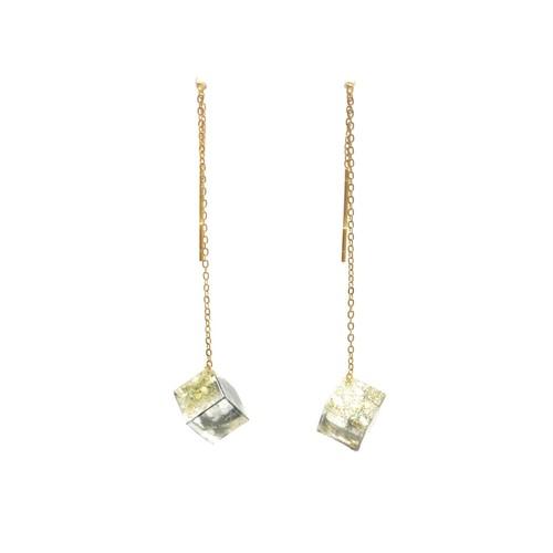 チェーンピアス ゴールドスクエアM・Threader Earrings - Gold Square (M)