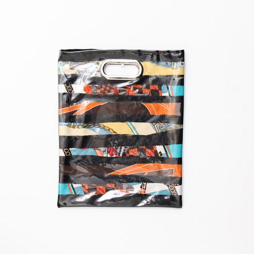 【一点もの】No.317   スカーフで作ったPVCクラッチバッグ