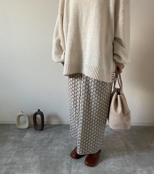 【beige】pattern skirt